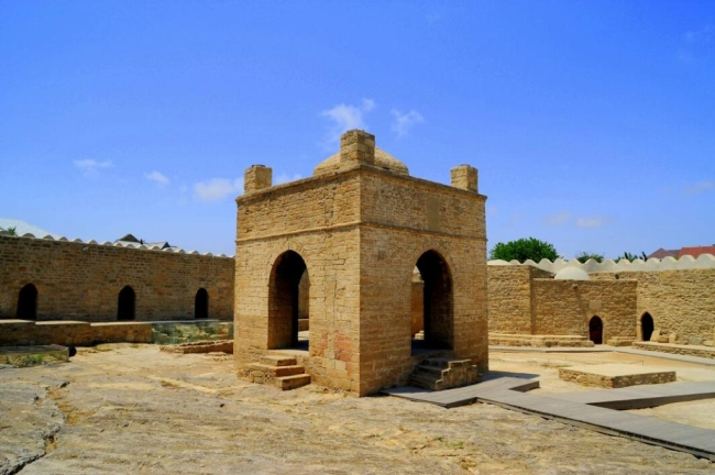 معبد آتش Ateshgah - Fire Temple