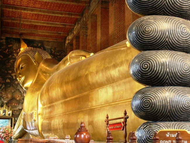 معبد بودای خوابیده Temple of the Reclining Buddha (Wat Pho)